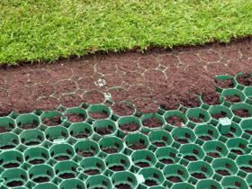 Процесс укладки газонной решетки